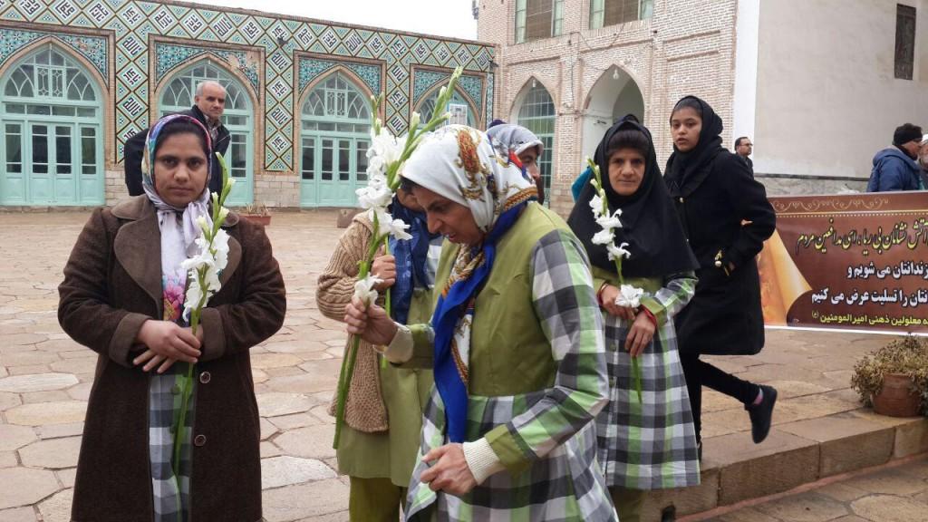 تقدیر از قهرمانان پلاسکو در مسجد جامع سبزوار